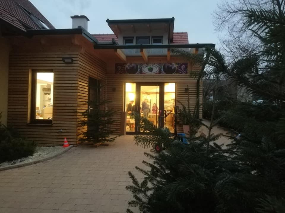 Hofladen 1.jpg