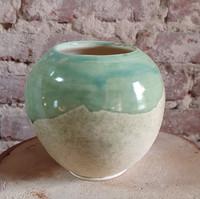 Vase boule grès blanc émaillé