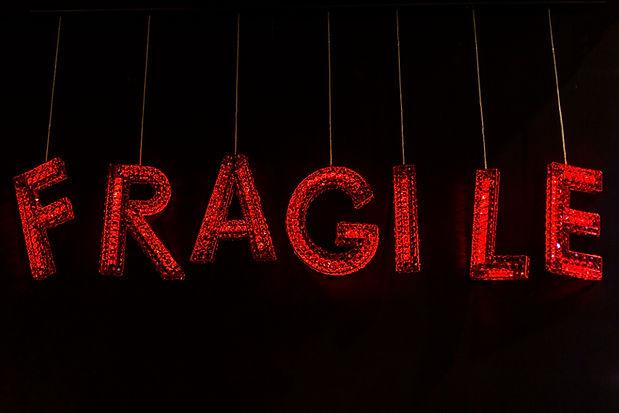 Géraldine Gonzalez, crystal, cristal, fragile, typographie