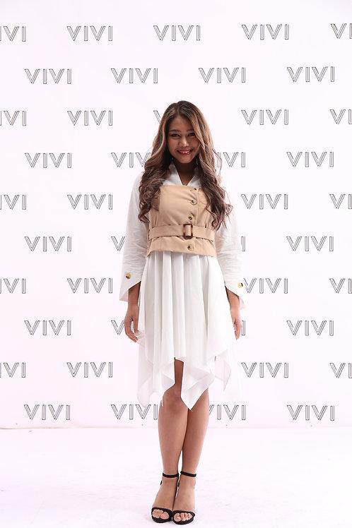 White Mini dress with beige top فستان ابيض قصير مع سديري بيج