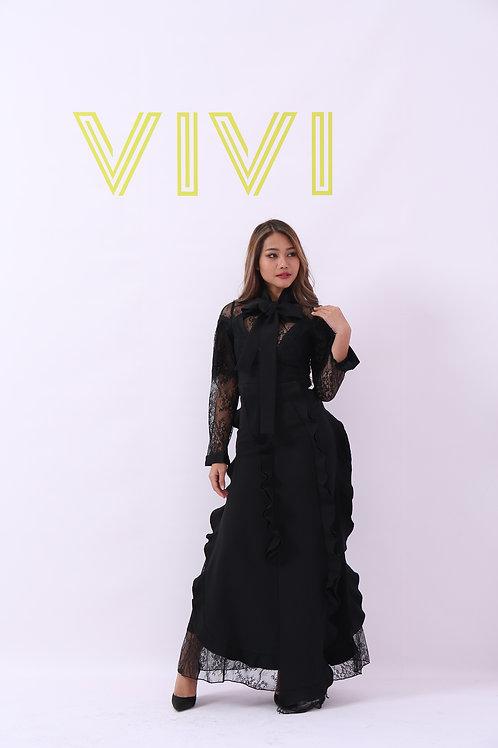 فستان أنيق- طويل مزين بدانتيل
