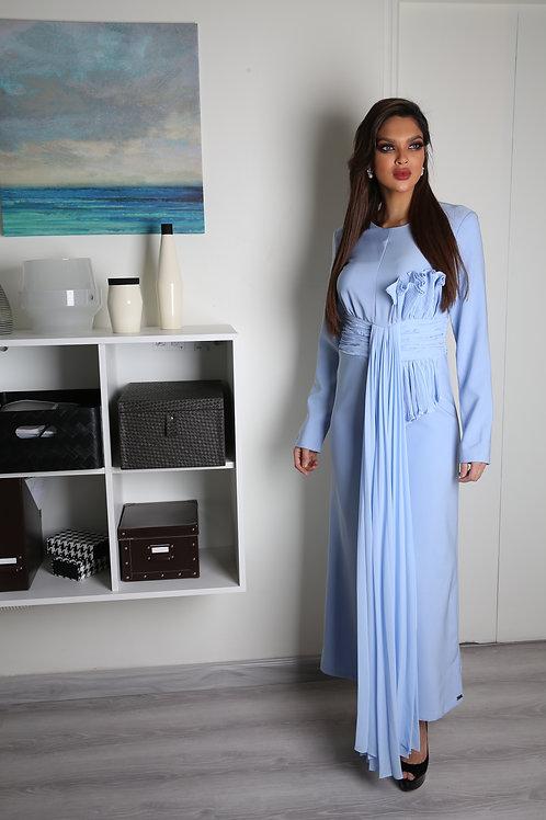 فستان طويل بأكمام طويله أنيقة وعصرية