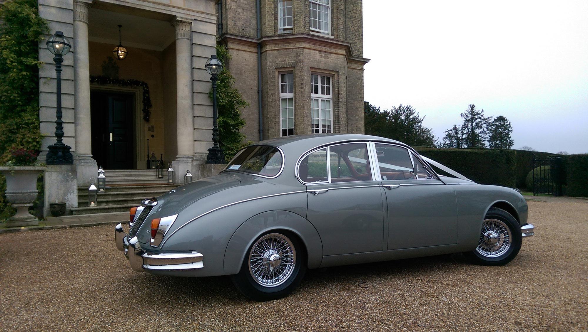 Jaguar Mk2 at Hedsor House