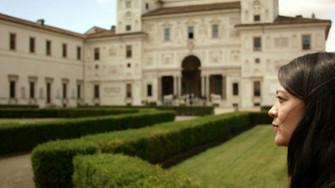A mani nude - gli artisti di Villa Medici film documentario sugli artisti in residenza all'Accademia