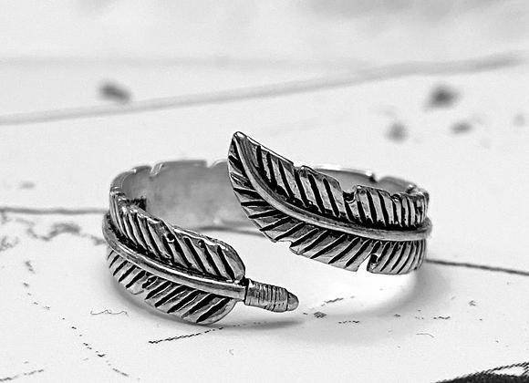 Ibis Ring