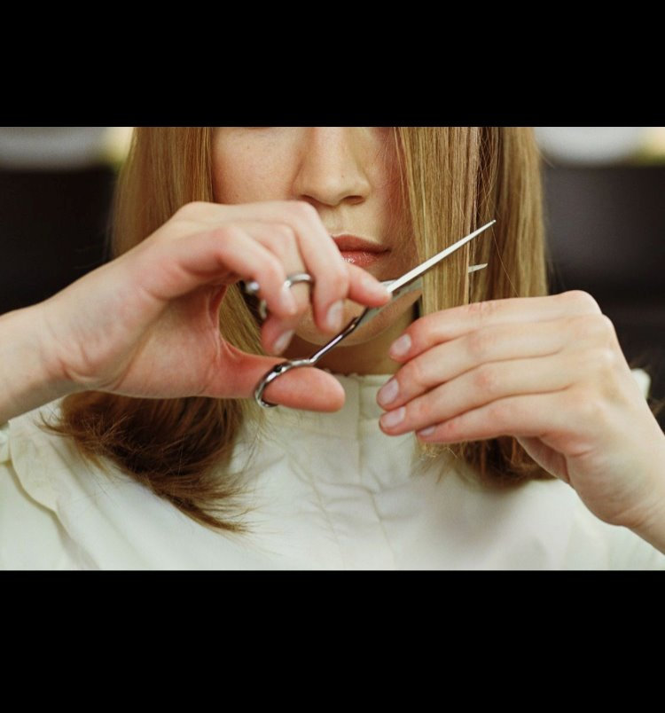HAIR SHAPING FRINGE or BEARD