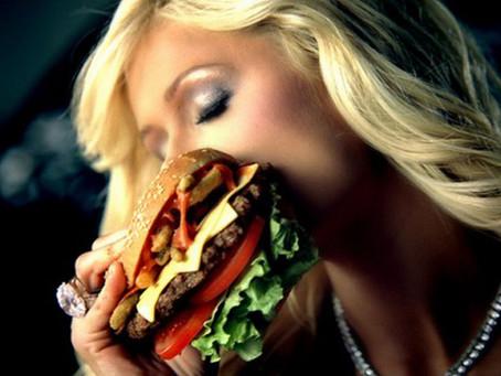 Honest Advertising: Paris Hilton vs. Whammyburger