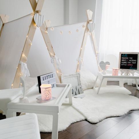 Little Wedding Lounge
