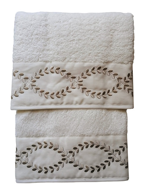"Set asciugamani ricamati ""Sara"""