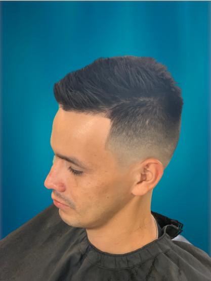 Men's Regular Haircut/Military Discount