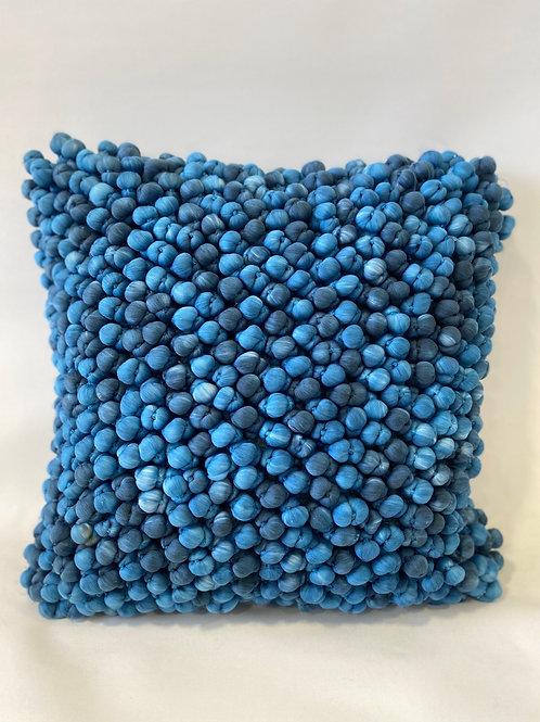 Coussin déhoussable effet boules de laine 50x50 cm