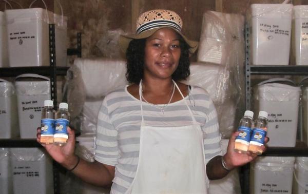 Tavulomo Coconut Oil Bottled