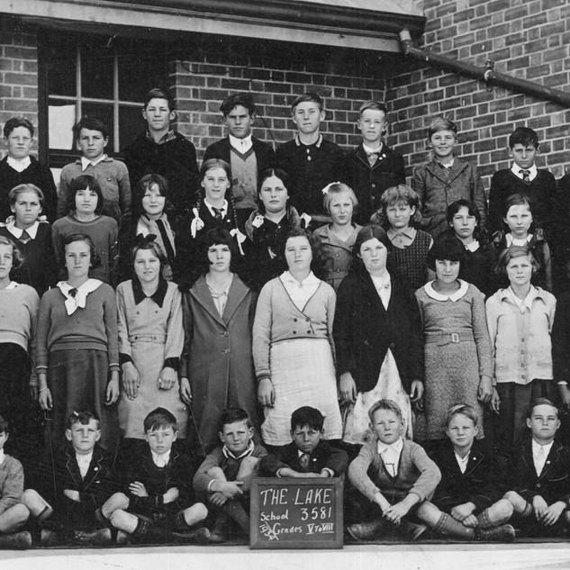 1934a.jpg