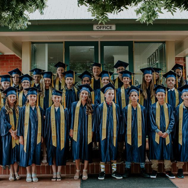 2016 yr 6 Graduation.jpg