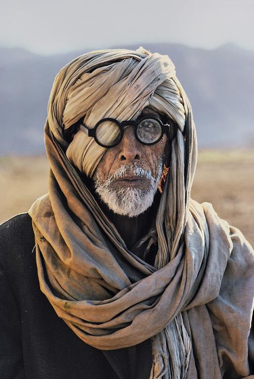 AN-AFGHAN-REFUGEE-IN-BALUCHISTAN-1981-by-STEVE-MCCURRY-Born-1950-C400103