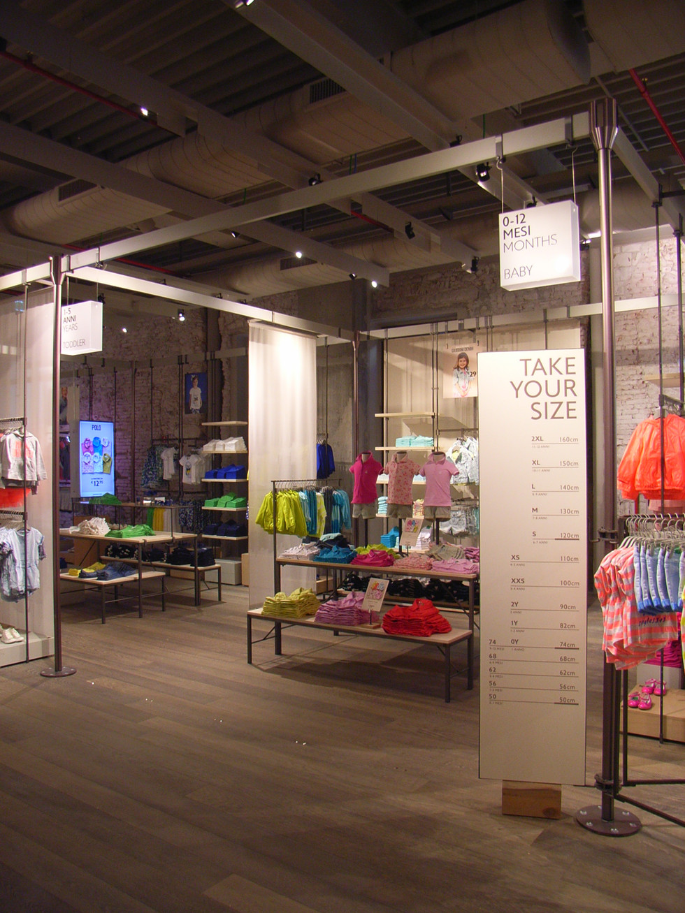 United colors of benetton store london