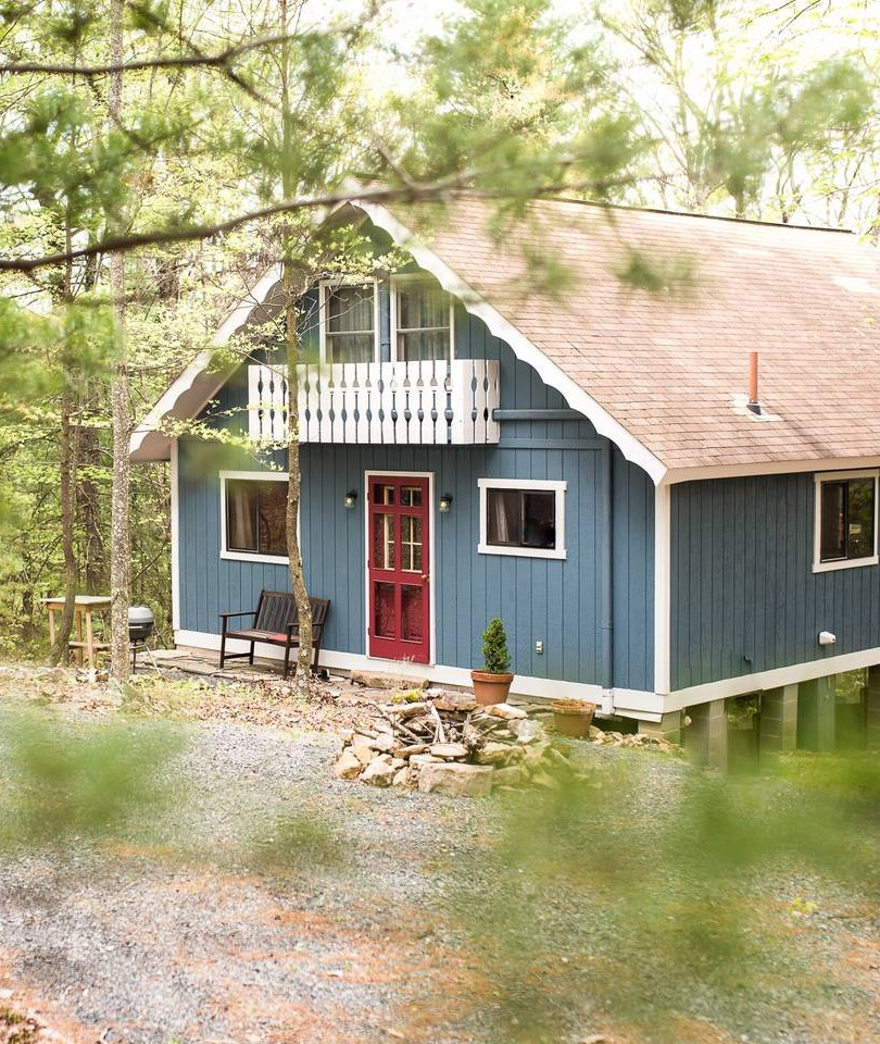 Ccozy Cabin in Mt. Jackson.jpg