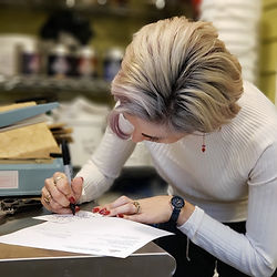lady writing a thank you note