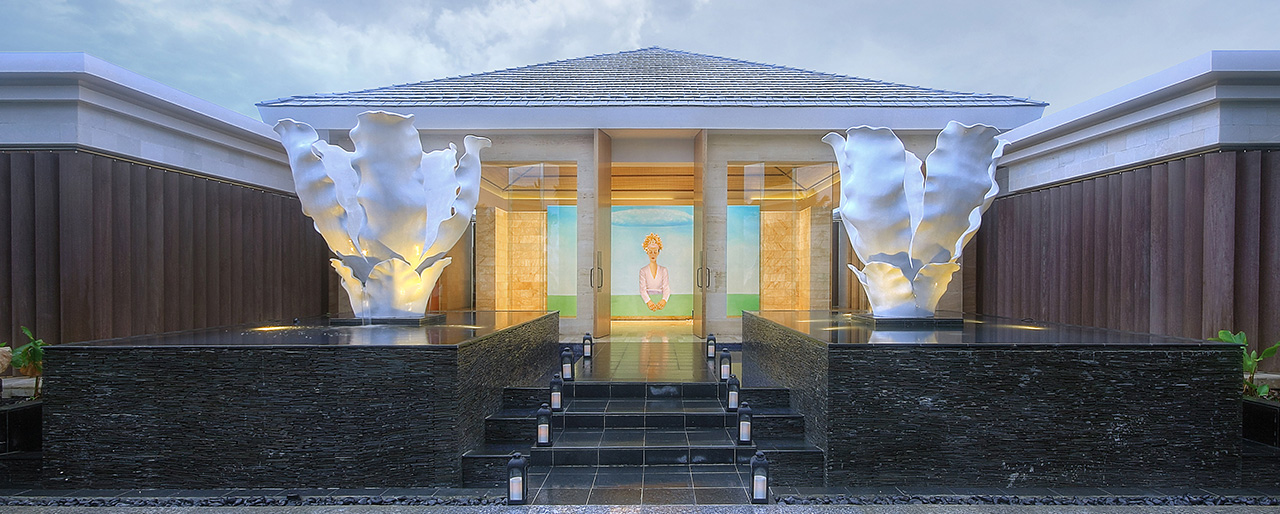 mulia-spa-entrance