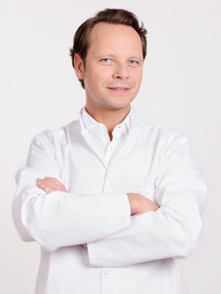 Dr. Fabian Urban
