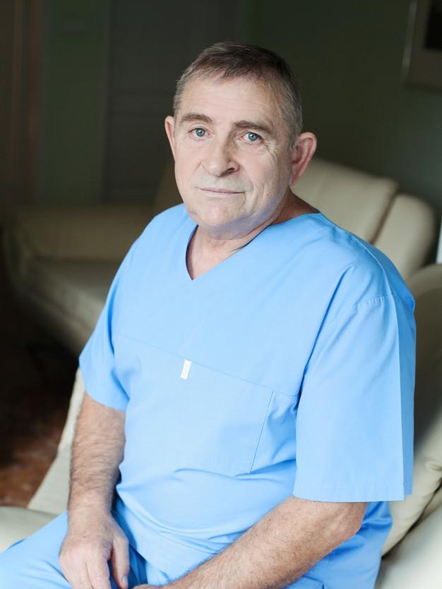 Dr. Andrzej Barański