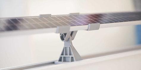 פאנל סולארי לשימוש בהצללת מרפסת