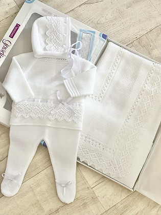 Coming Home Set  Shawl & Newborn Outfit  - WHITE