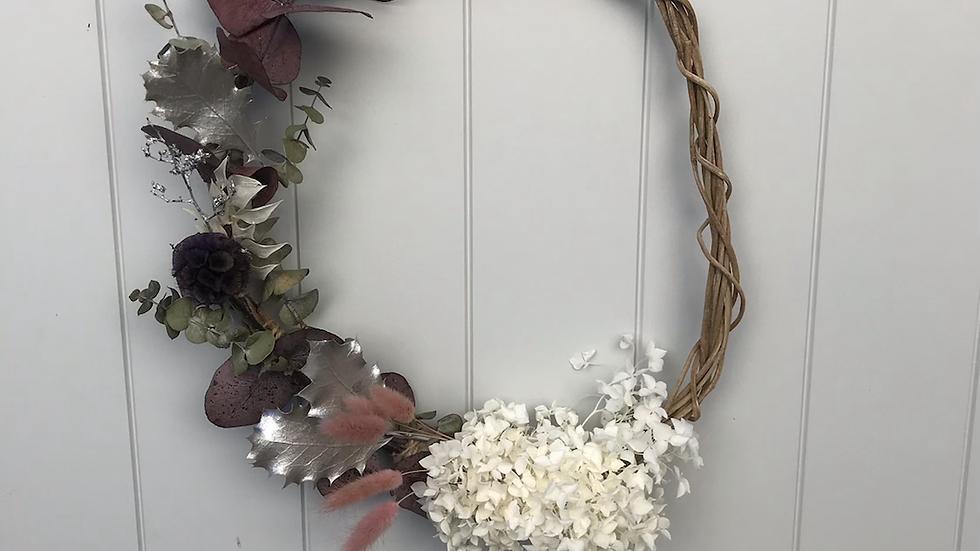 Dream gently wreath