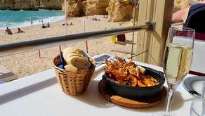 Our favorite beach & restaurant in Albufeira!
