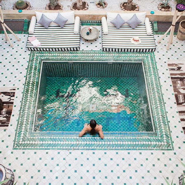 riad-yasmine-marrakech-piscine-patio-vue