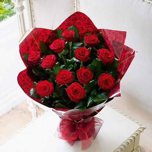 Bouquet of 12 Roses / Ramo de 12 Rosas Rojas