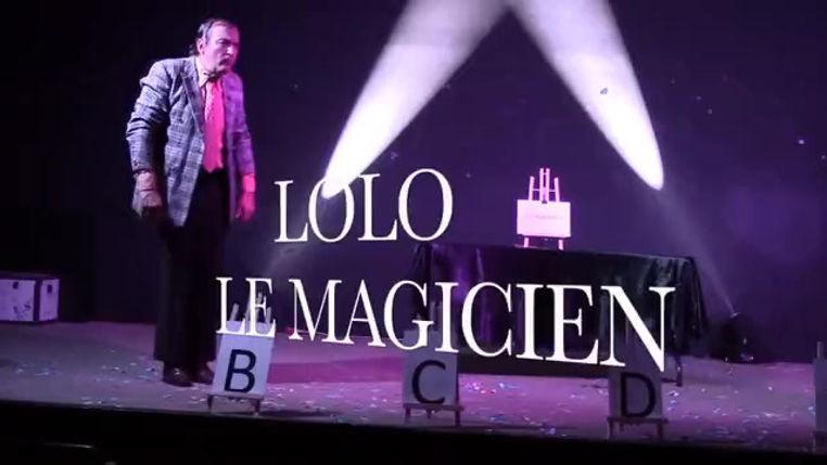 Le cadeau - Lolo le magicien