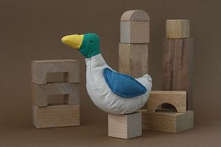 duck toy, eend knuffel, lockdown animals, organic toy, duurzaam speelgoed, sustainable toy, ecological toy, ecologische knuffel