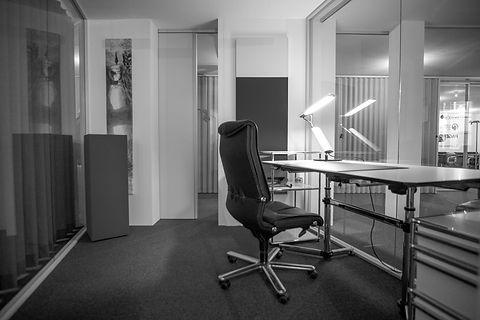 BockOffice Chur - Einzelbüro_schwarzweis