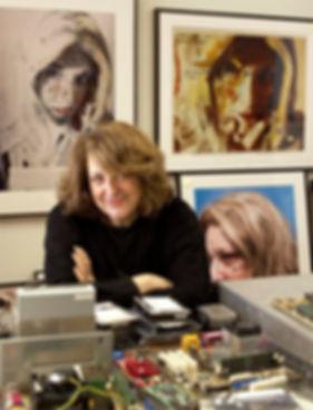 Lynn-Hershman-Leeson-portrait.jpg