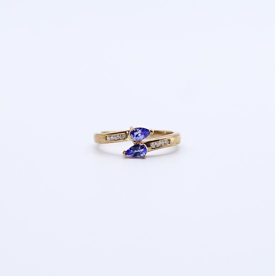 Tanzanite and Diamond dress ring