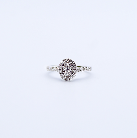 Diamond oval cluster ring