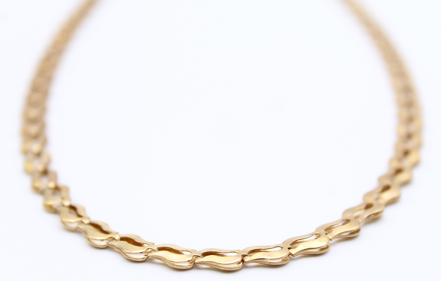 Gold fancy necklace
