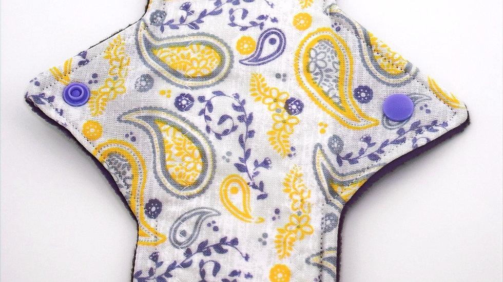 Paisley Print Incontinence pad - Mild