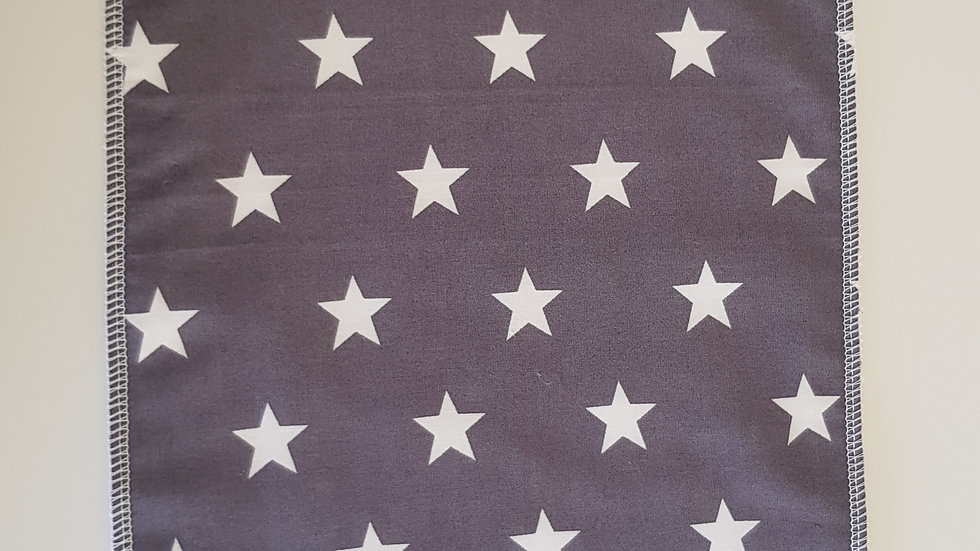 Burp Cloth - grey stars