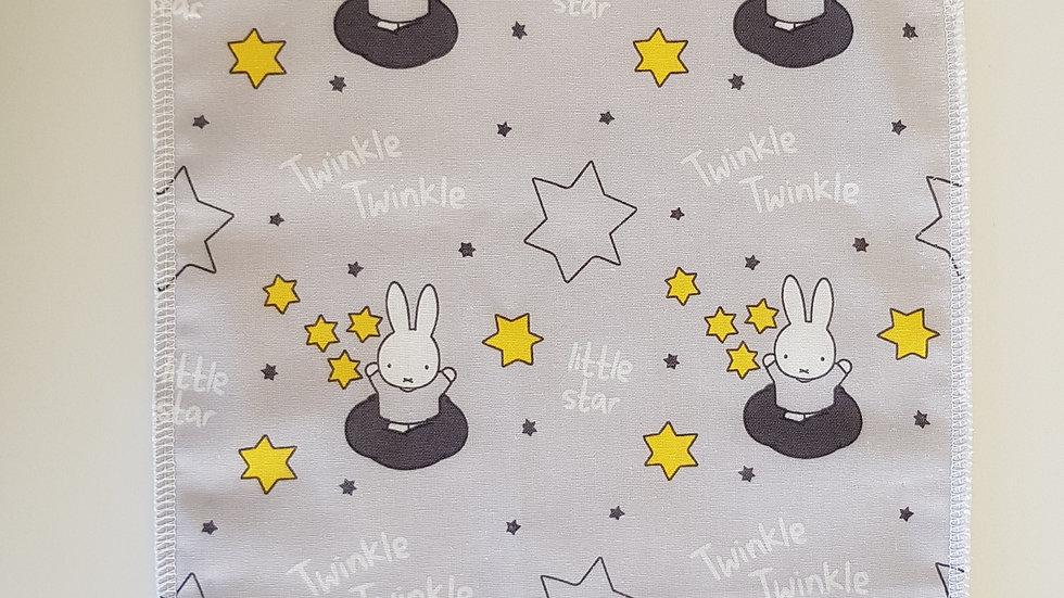 Burp Cloth - Twinkle Bunnys