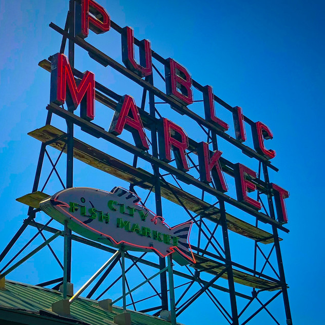 The legendary sign at Pike Place Market