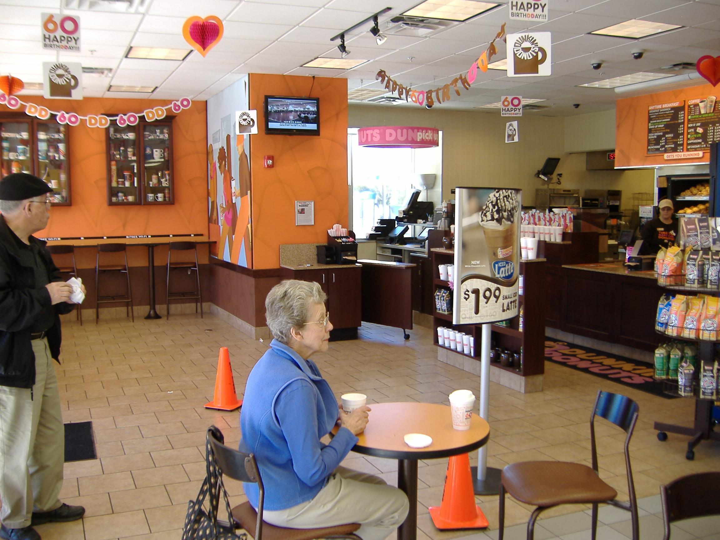 Suncoast Mall - Dunkin Donuts