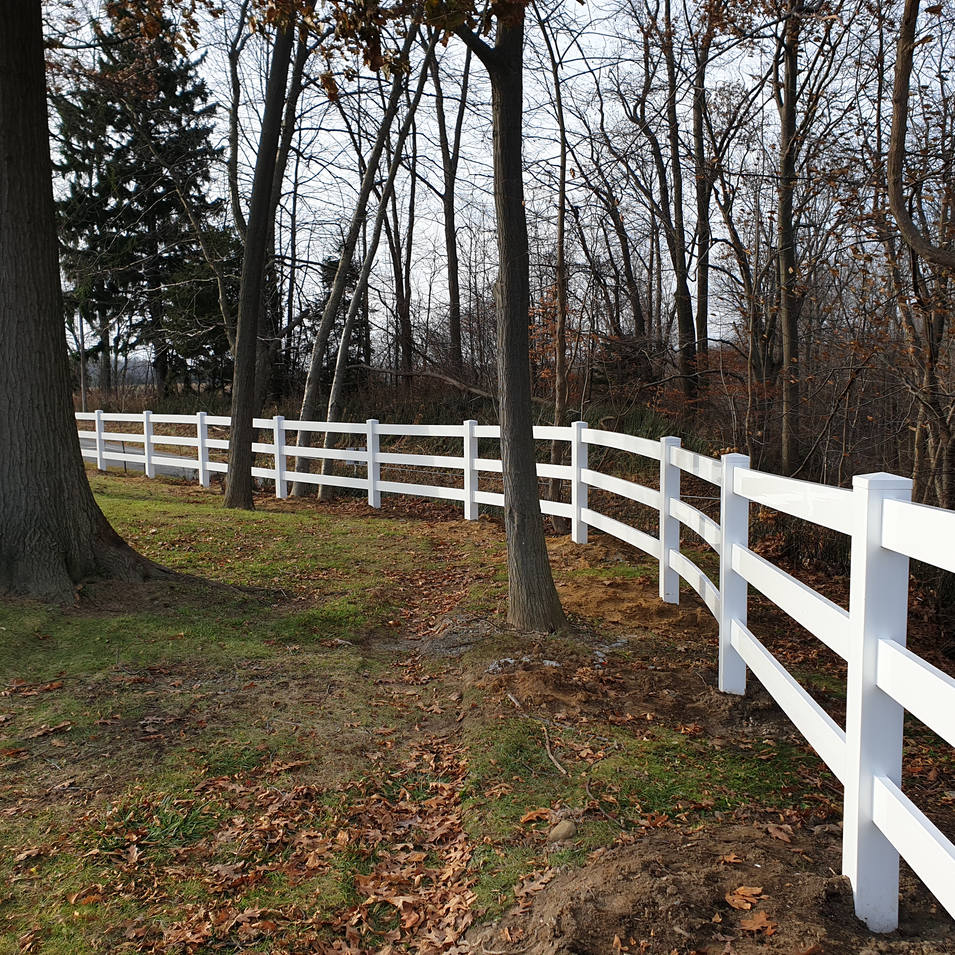 Vinyl Ranch/Farm Fence