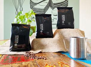 Koffieproeverij koffiebonen melkkan