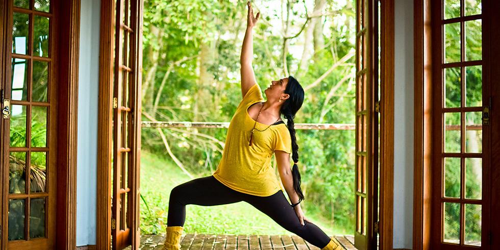 Yoga Weekend com Kathy Lobos