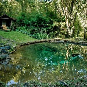 A piscina de água mineral
