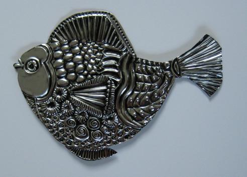 Alum. Fish_MollyMains.JPG