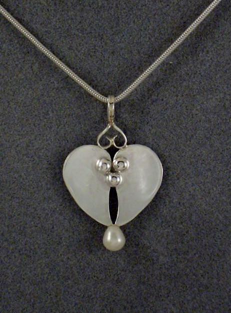 Leaf Heart Pendant.JPG