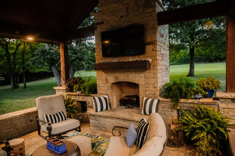 Custom Fire Pits & Fireplaces by Red Valley Landscape & Construction in Piedmont, Ok